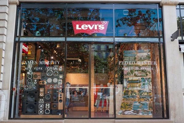 магазина Levis