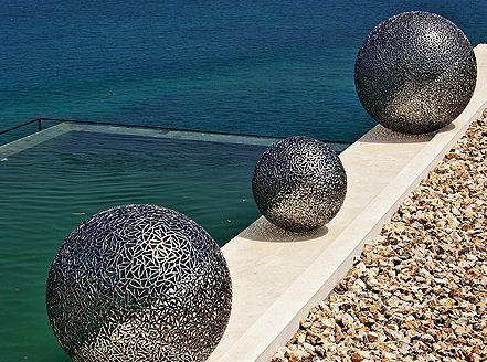 Скульптура из стали