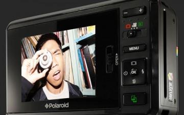 Мгновенная печать на новой цифровой камере Polaroid Z2300