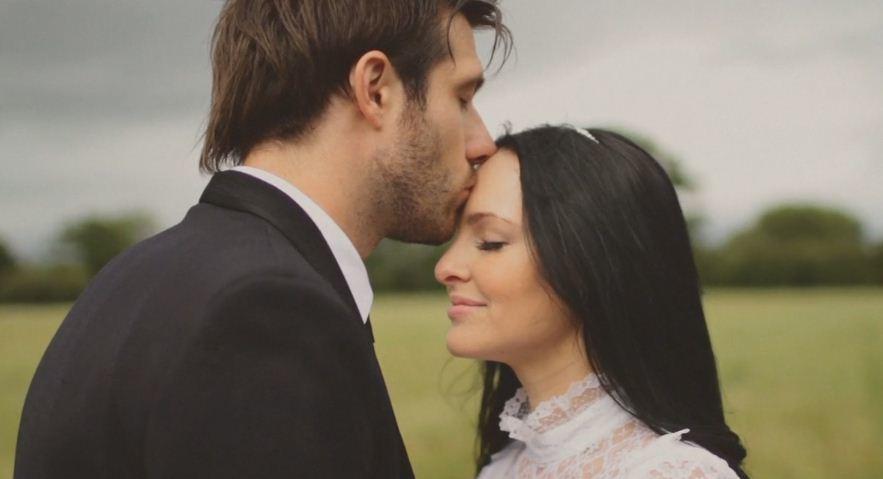 Английская свадьба от Paperback Weddings