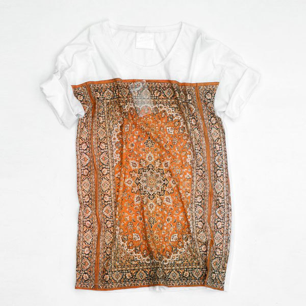 Необычная женская футболка от Future Sentiments