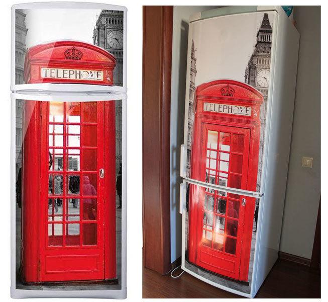 пример виниловой наклейки на холодильник в интерьере