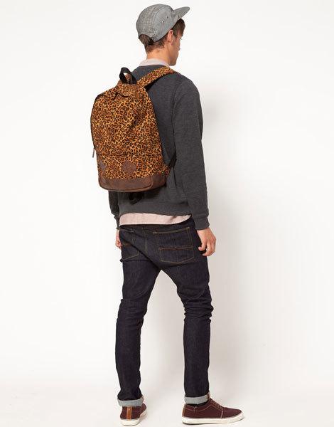 Рюкзак с леопардовым принтом ASOS