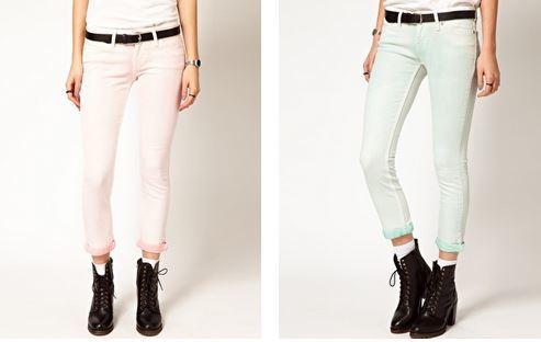 Зауженные джинсы в молодежном стиле Levi's