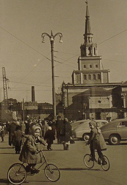 Комсомольская площадь, 1959