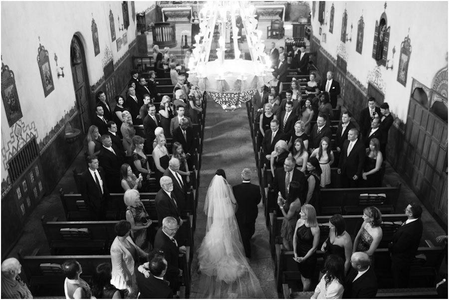 Роскошная свадьба на курорте The Bacara Resort (16)