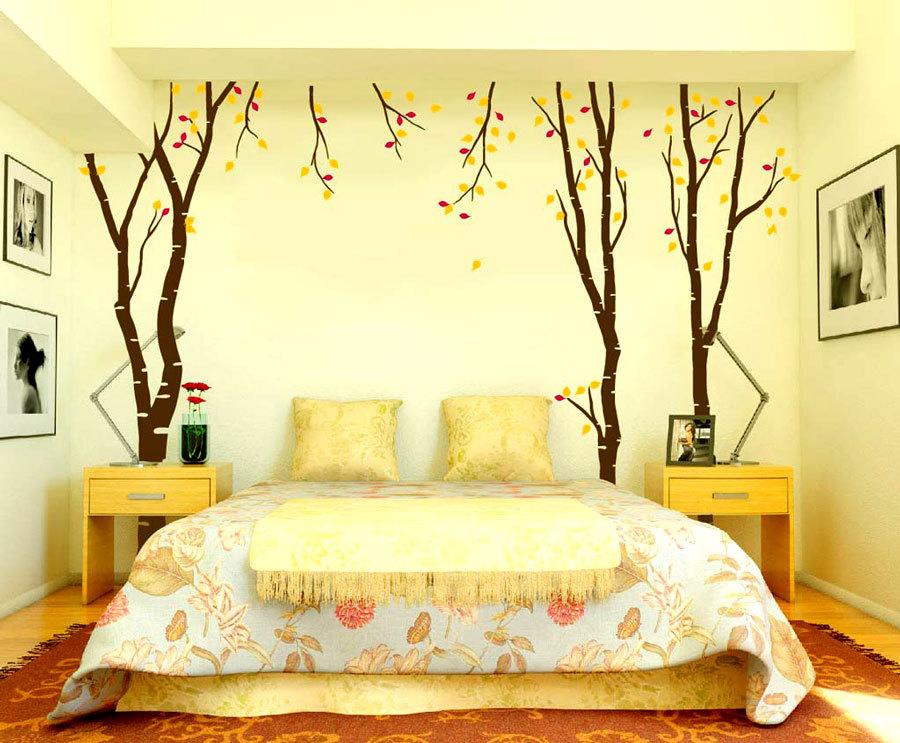 Кто рисовал стены спальни