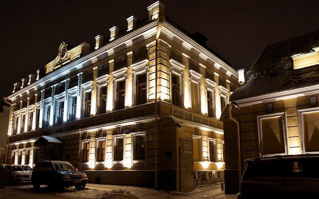 Архитектурное-освещение-комплекса-зданий-КБ-Росэнергобанк