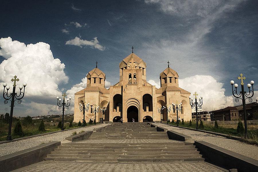 Кафедральный-собор-Святого-Григория-Просветителя-(Ереван)
