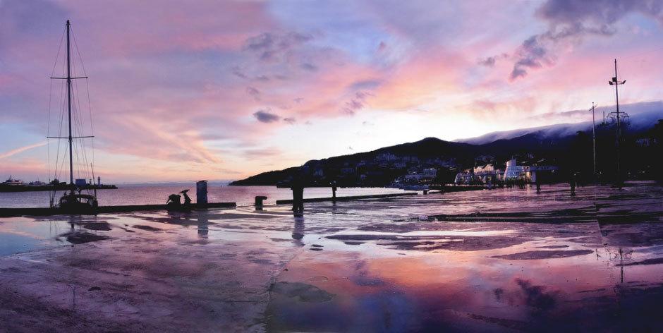 Зимняя Ялта, Крым, закат.