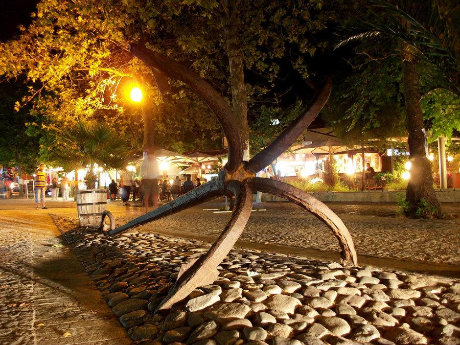 Созопольский якорь - символ города.