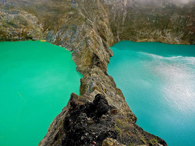 озеро возле вулкана Келимуту (2)