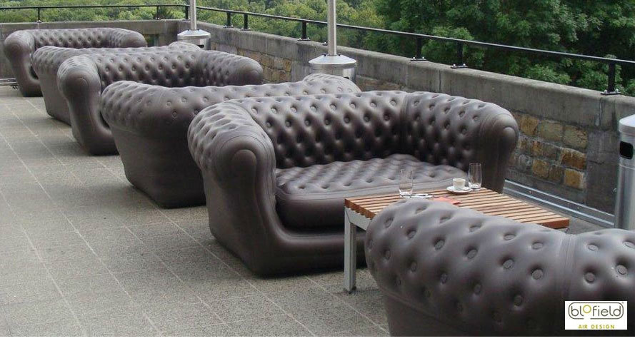мебель биофилд в уличных кафе