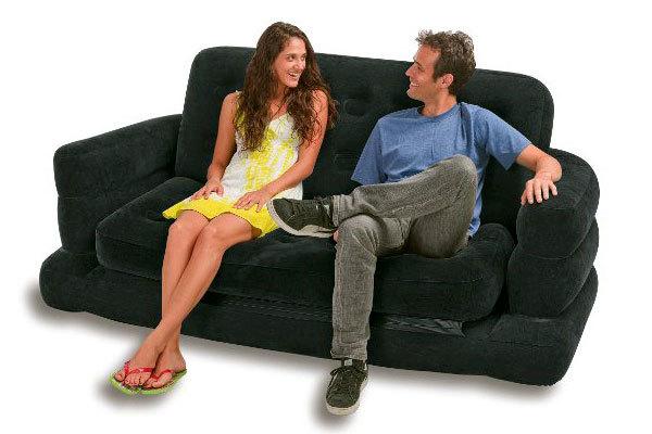 черный надувной диван из флока