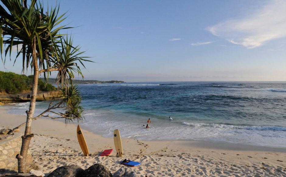 DreamBeach-Nusa-Lembongan,-Bali