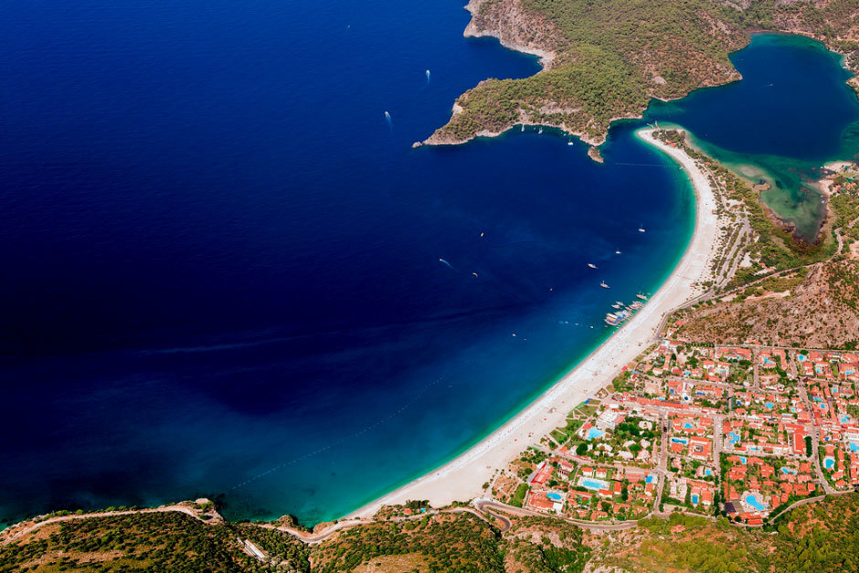 Вид на турецкие пляжи и отели
