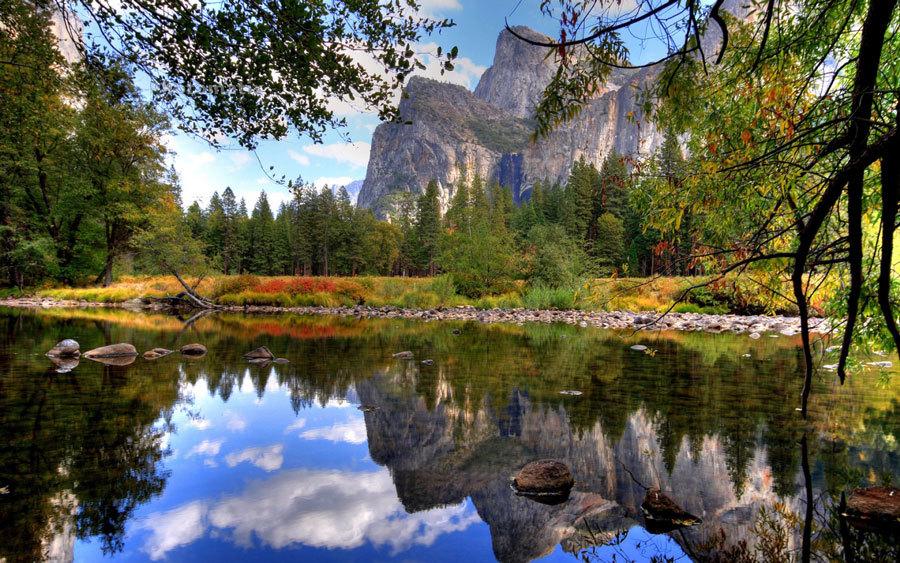 Красивая осень в парке йосемите