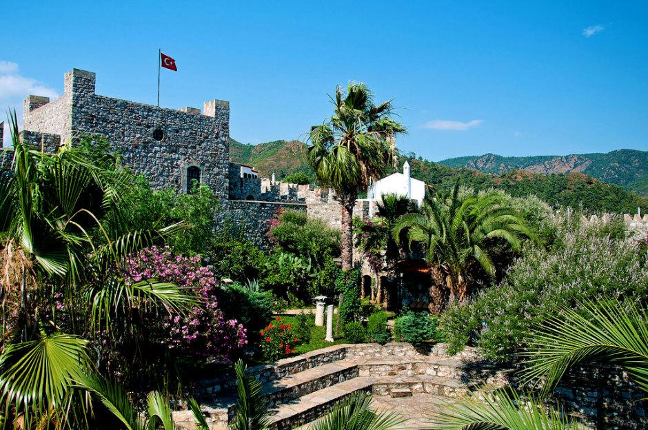 замок в Мармарисе