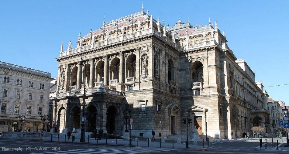 Здание оперы в Будапеште