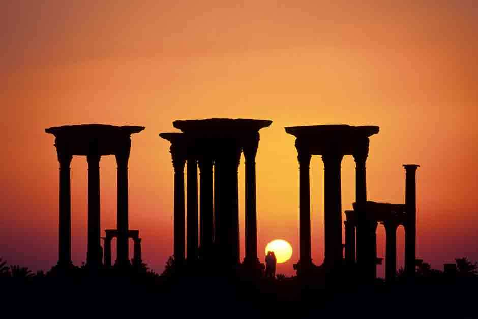 Руины храмов в Сиде