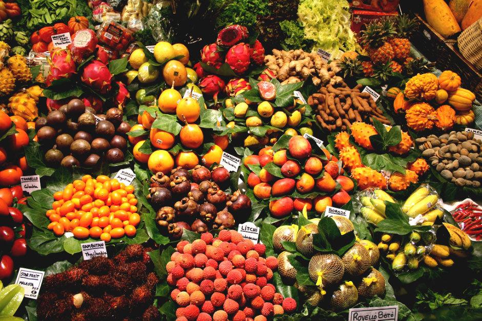 Рынок фруктов в Барселоне