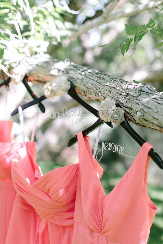 коралловые платья подружек невесты