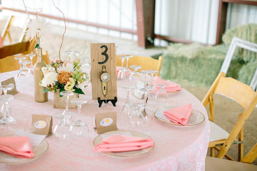 стильное оформелние стола на свадьбу