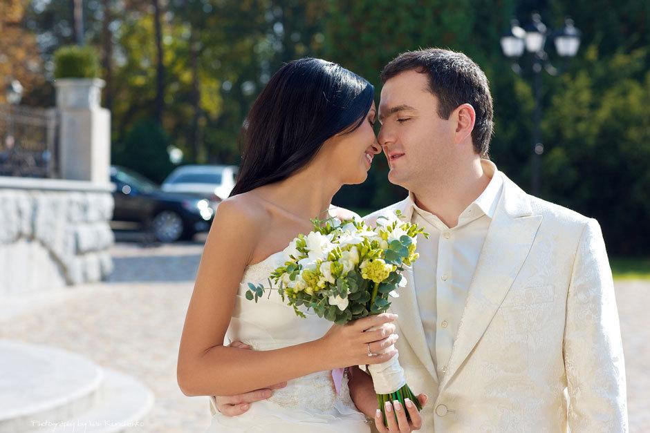 Красивая осенняя свадьба в ресторане Прага в Киеве