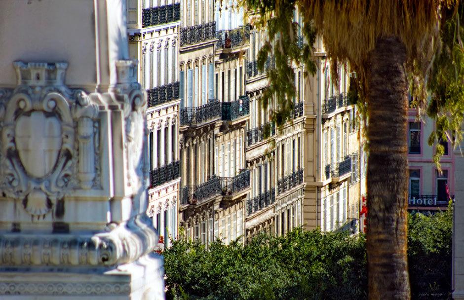 Вид на дом в Марселе