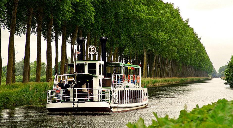 Канал между Брюгге и Дамме