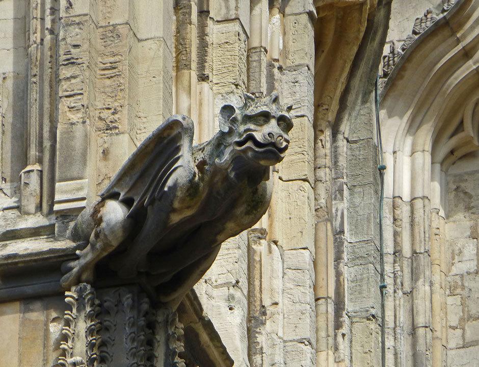 Гаргулья Йоркского собора
