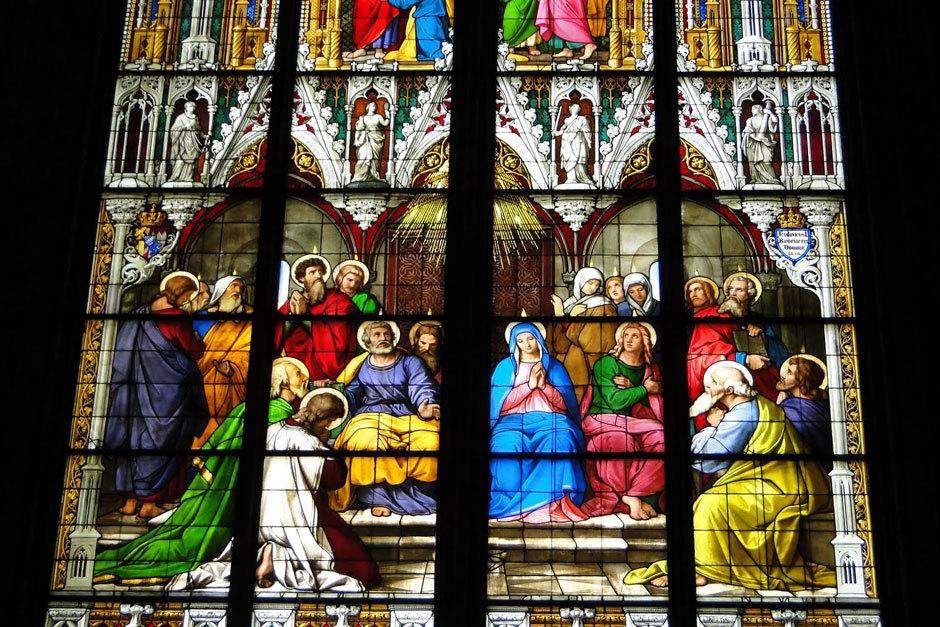 Кельнский собор витраж