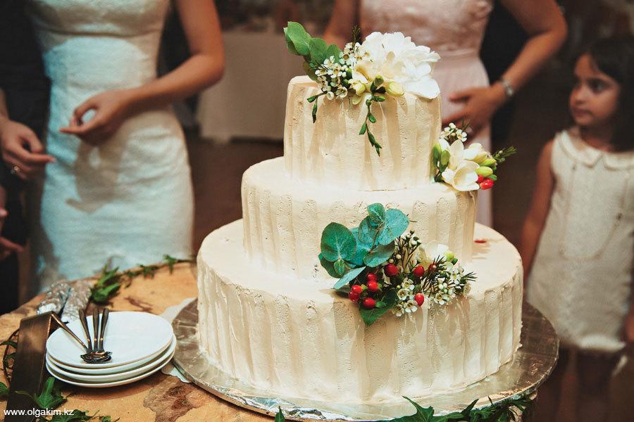 свадебный торт в Алматы