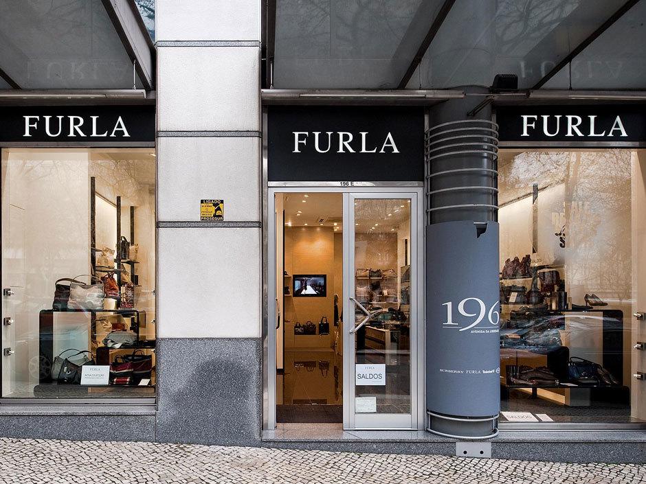 бутик Furla