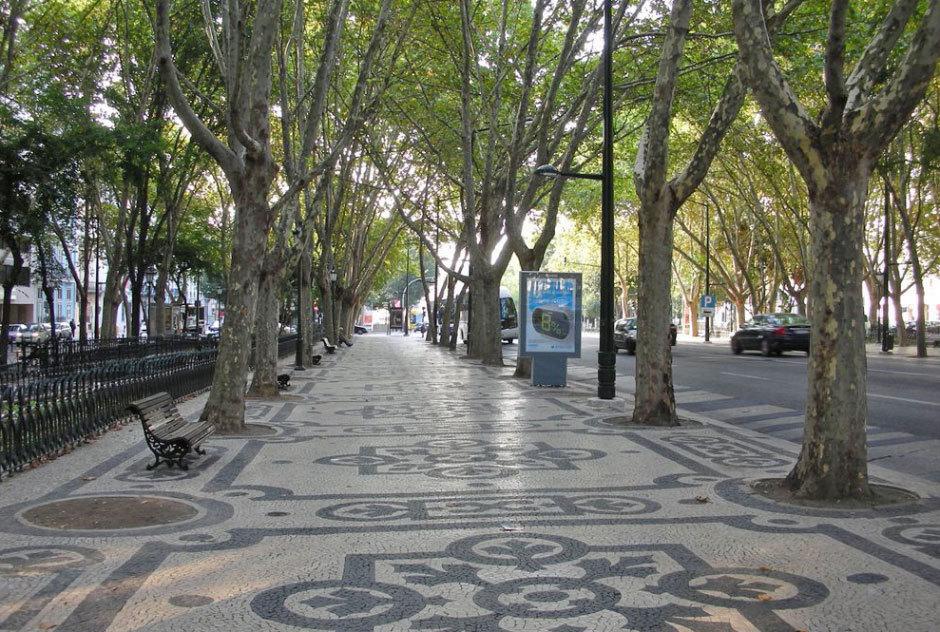 пешеходная зона на Авенида да Либердаде (2)