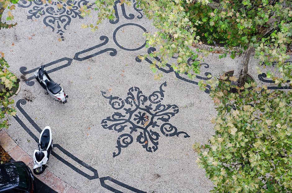 тротуарная плитка на Авенида да Либердаде (1)