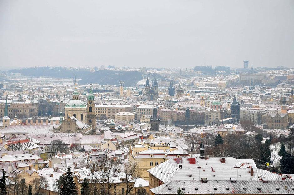 Снег в Праге
