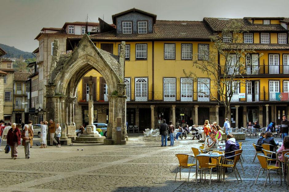 Площадь Оливейра