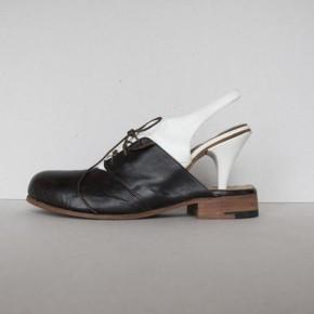Необычная Обувь в стиле муж + жен